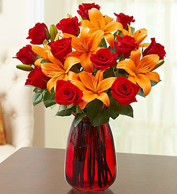 Classy Autumn Rose and Lily Bouquet