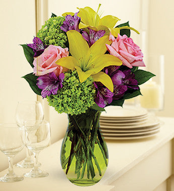 Bold and Beautiful Springtime Bouquet