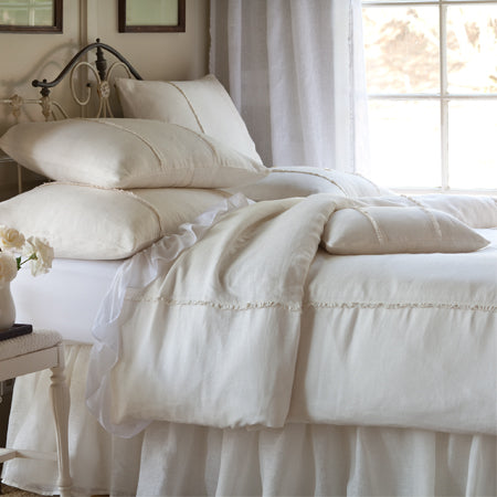 https://www.janeleslieco.com/collections/taylor-linens