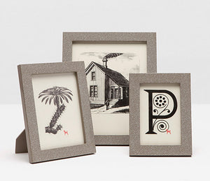 http://www.janeleslieco.com/products/ pigeon-poodle-bressa-frame-4-x-6-in-cappucino