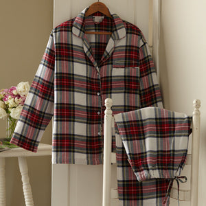 https://www.janeleslieco.com/products/taylor-linens-aberdeen-pajamas-set