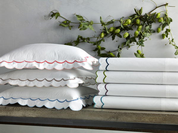 https://www.janeleslieco.com/products/matouk-india-standard-pair