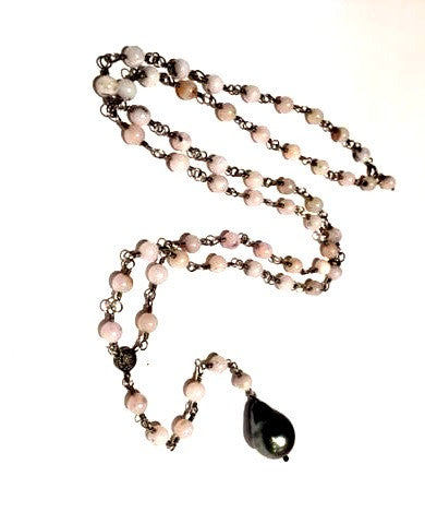 https://www.janeleslieco.com/products/rebecca-lankford-pink-moonstone-and-pearl-lariat