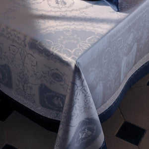 https://www.janeleslieco.com/products/garnier-thiebaut-bagatelle-flanelle-tablecloth
