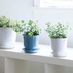 https://www.janeleslieco.com/products/juliska-berry-thread-chambray-5-25-planter-saucer