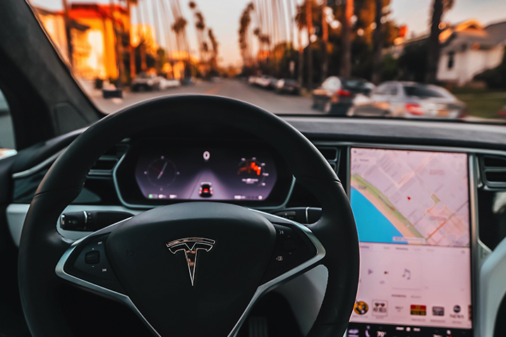 Tesla - Self Driving Mode