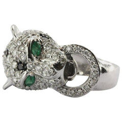18K White Gold Diamond & Emerald Figural Leopard Jaguar Ring