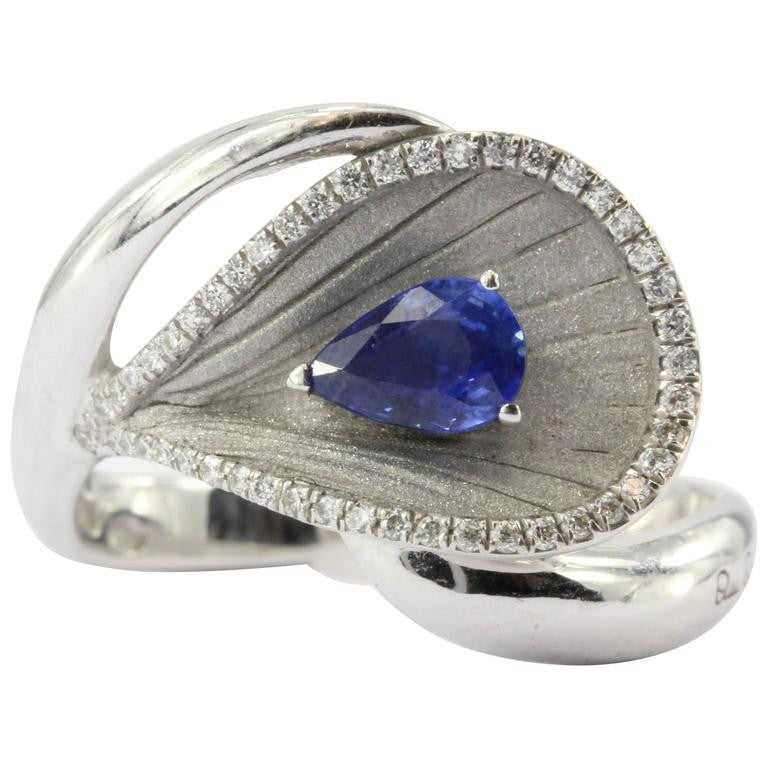 Annamaria Cammilli Premier Color Diamond and Sapphire 18K White Gold Ring - Queen May