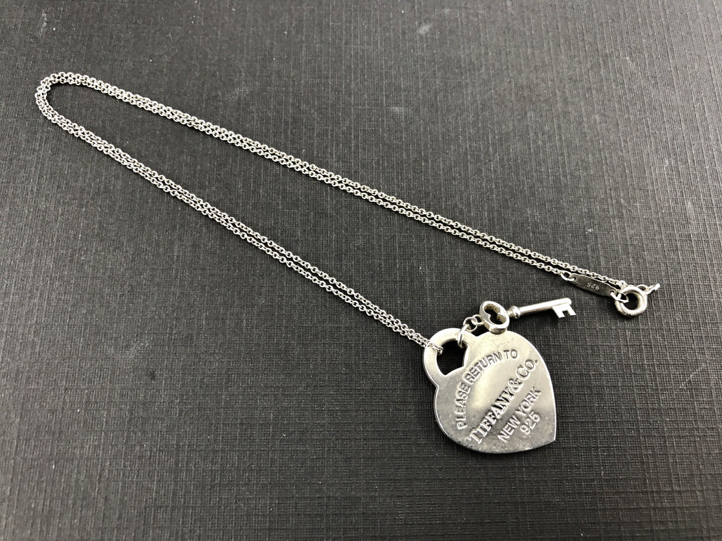 0d9456cb7 ... Please Return to Tiffany & Co New York Heart & Key Tag Necklace - Queen  ...