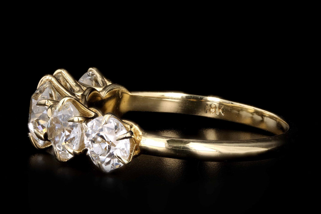 New Victorian Style 18K Yellow Gold 2.5 Carats in Total Old European Cut Diamond 5 Stone Ring - Queen May