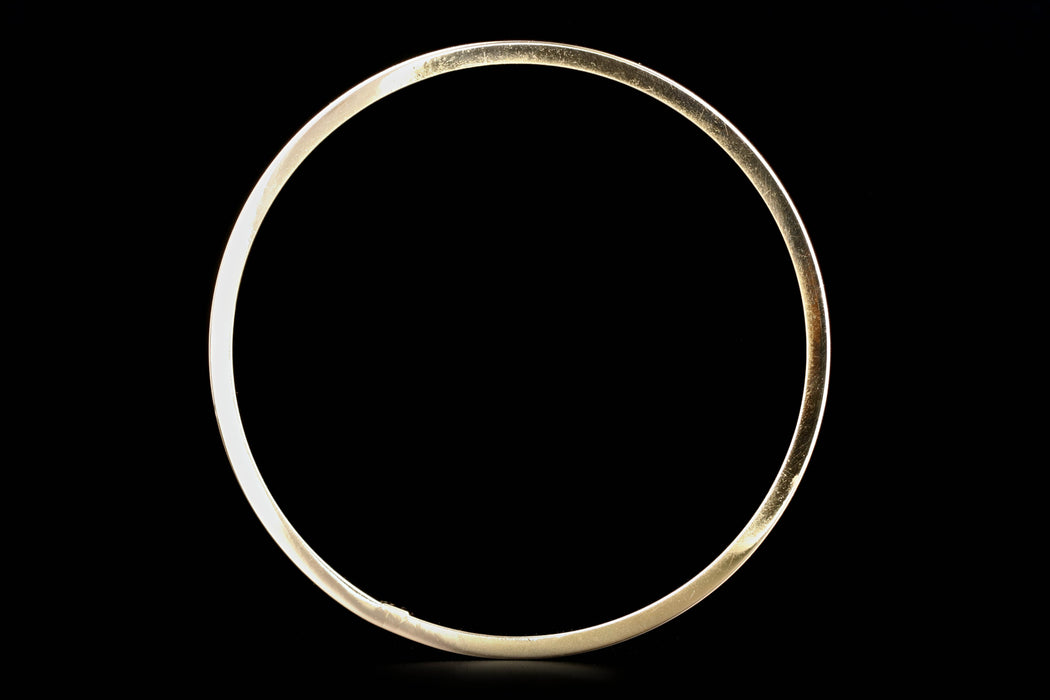 Modern 18K Yellow Gold Bangle - Queen May