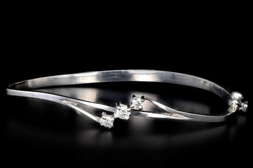Modern 14K White Gold .20 carat Round Brilliant Cut Diamond Bangle - Queen May
