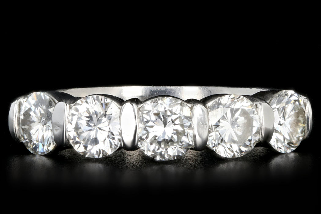Modern Platinum 1 Carat Round Brilliant Cut Diamond 5 Stone Band - Queen May