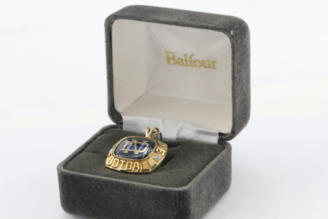 Vintage 10K Gold Notre Dame Football Championship Balfour Blue Enamel Ring Top Pendant - Queen May