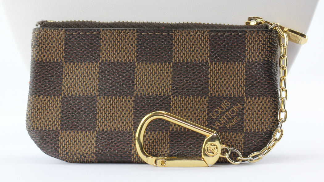 Louis Vuitton Damier Key Pouch #3 - Queen May