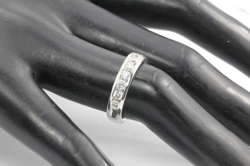 14K White Gold 1 CTW Diamond 1/2 Eternity Band Ring Size 6.75