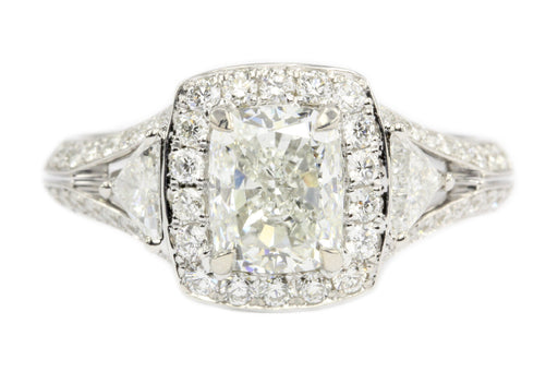 18K 1.5CT Cushion Cut Diamond Set With Two Trillion And Round Cut Diamonds
