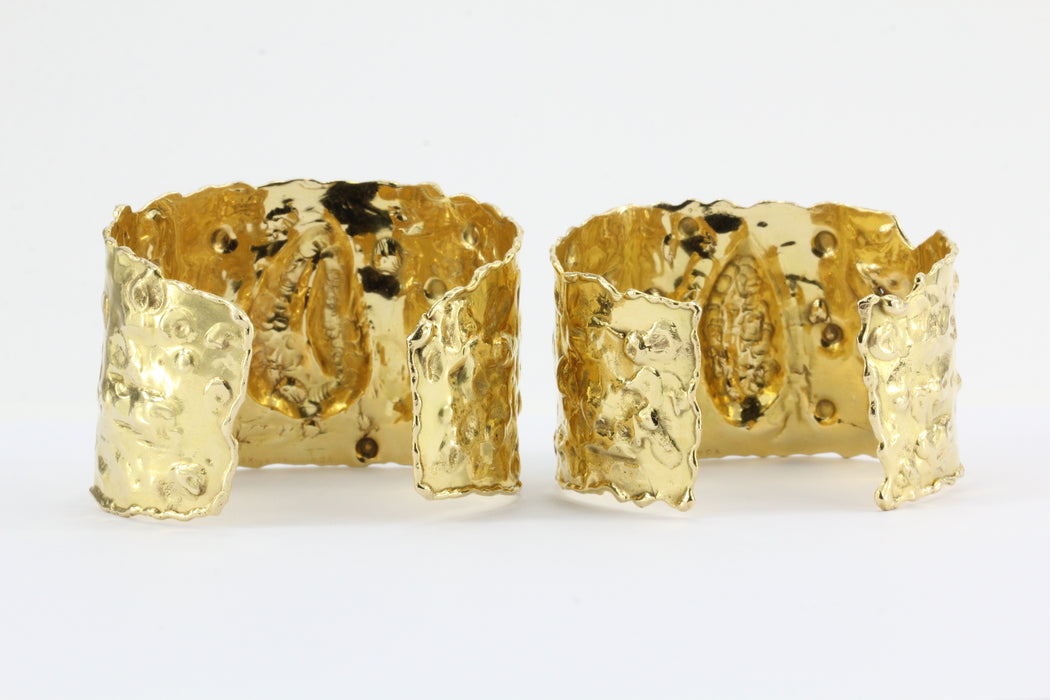 Van Cleef & Arpels 18K Gold Jackie-O Manchettes Cuff Bracelets Pair c.1970 - Queen May