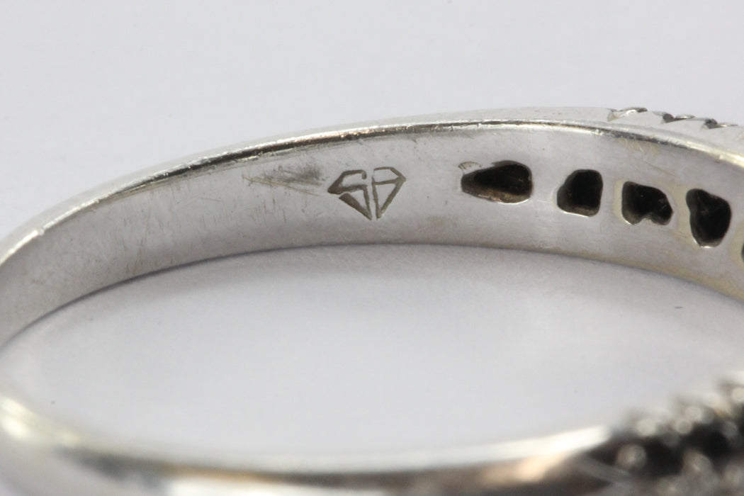 14K White Gold White & Black Diamond 1/2 CTW Ring Band - Queen May