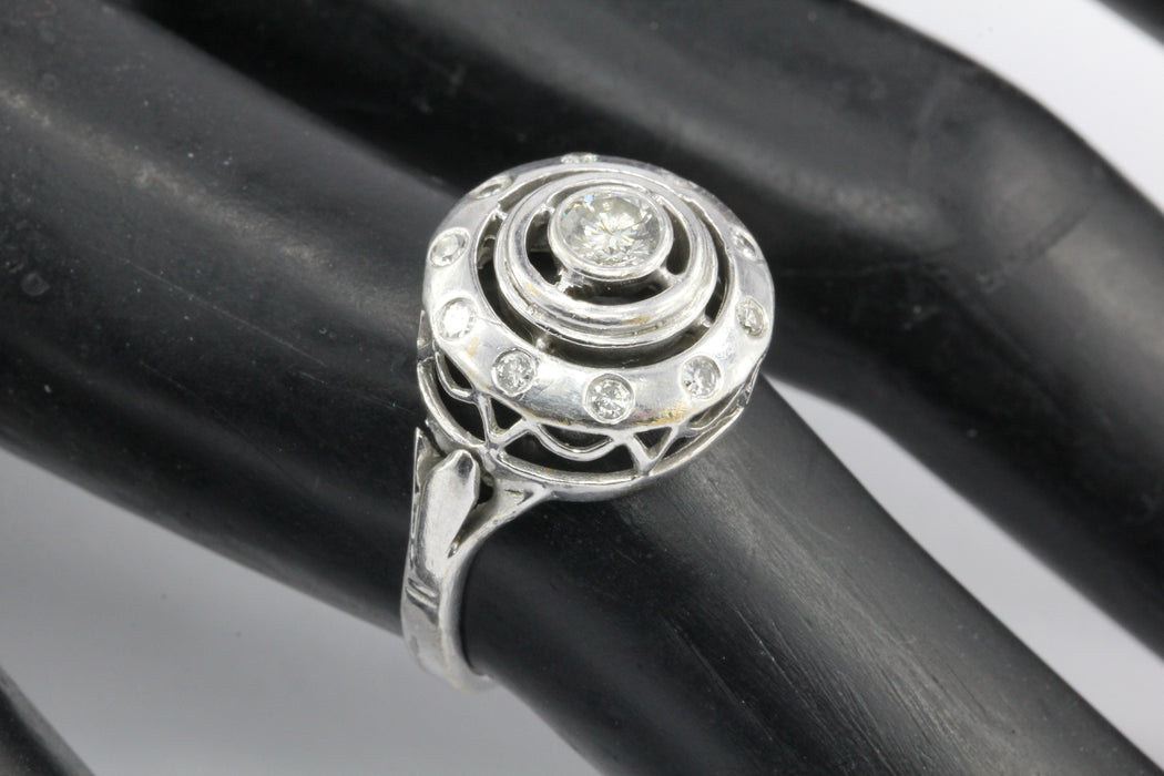 14K White Gold Concentric Circles Diamond Ring Size 6