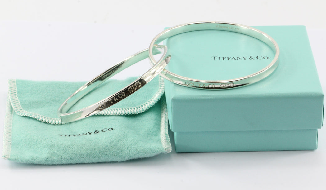 361bc5a53 Tiffany & Co Sterling Silver 1837 Interlocking Circles Bangle Bracelet -  Queen ...