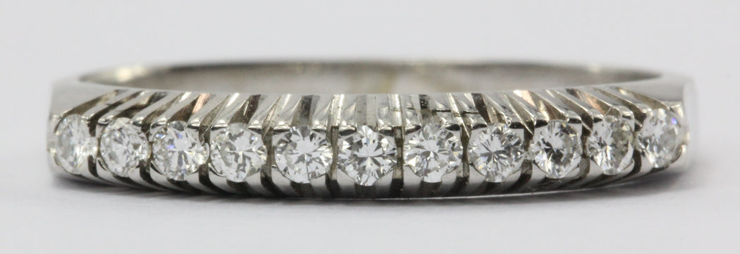 14K White Gold 1/4 CTW Diamond Ring Band Size 5.25 - Queen May