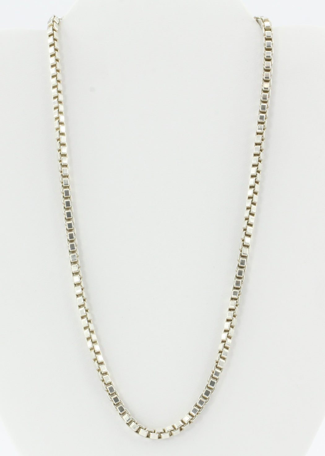 "Tiffany & Co Sterling Silver Venetian Box Link Chain Necklace 18"" - Queen May"