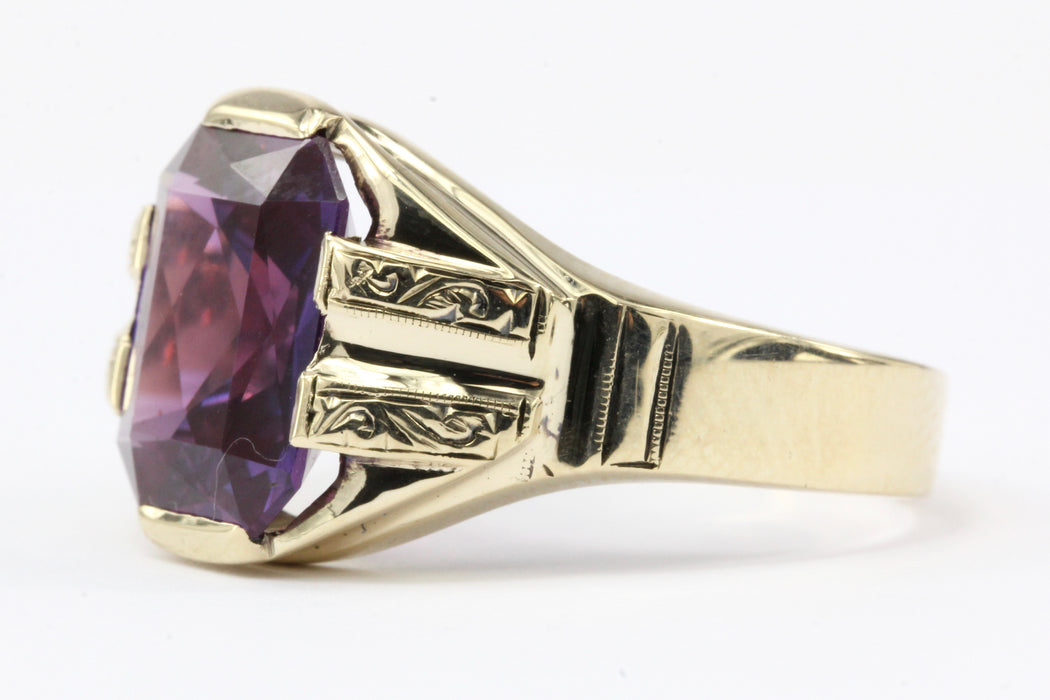 10K Yellow Gold Color Change Sapphire Ring Size 9.5
