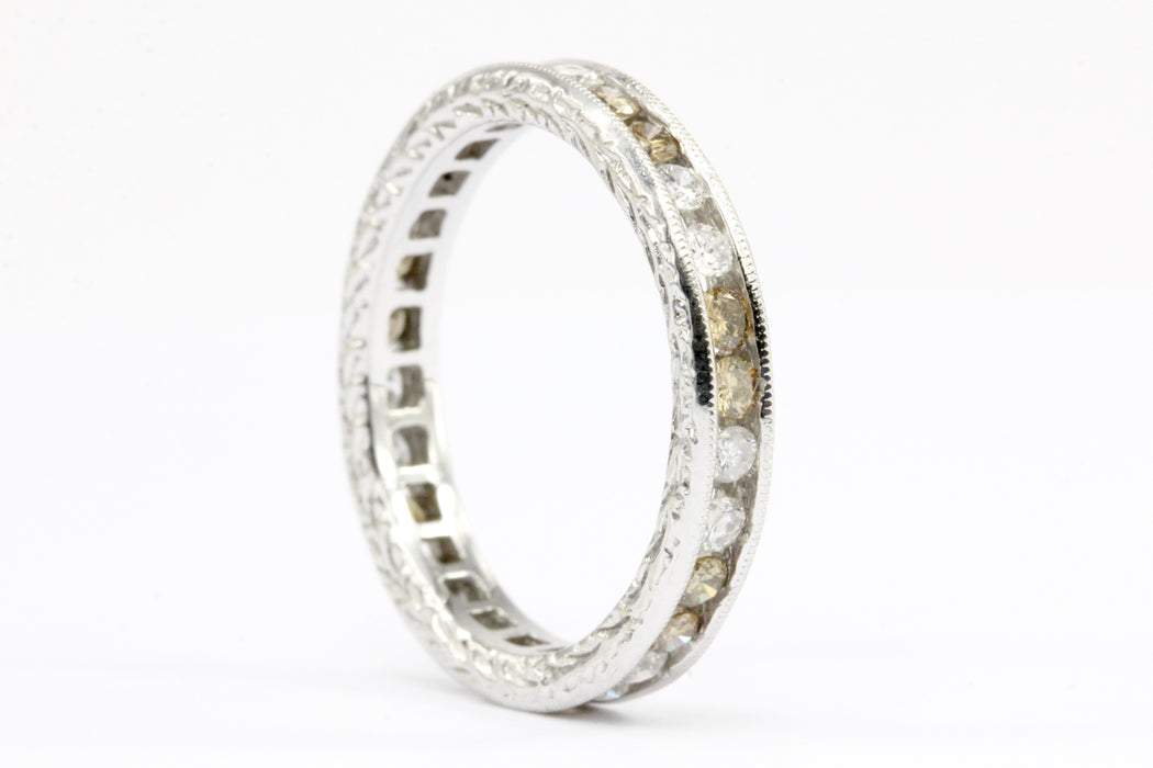 18K White Gold White and Champagne Diamond Eternity Band Ring Size 5.5