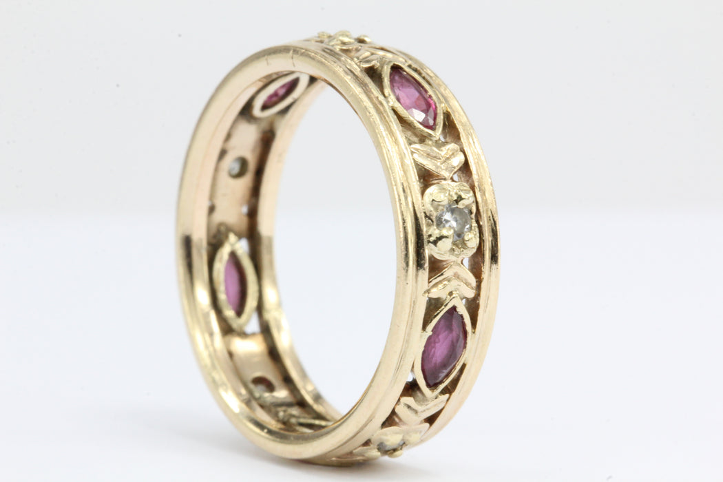 Retro 1943 WWII 14K Gold Diamond & Ruby Wedding Band - Queen May