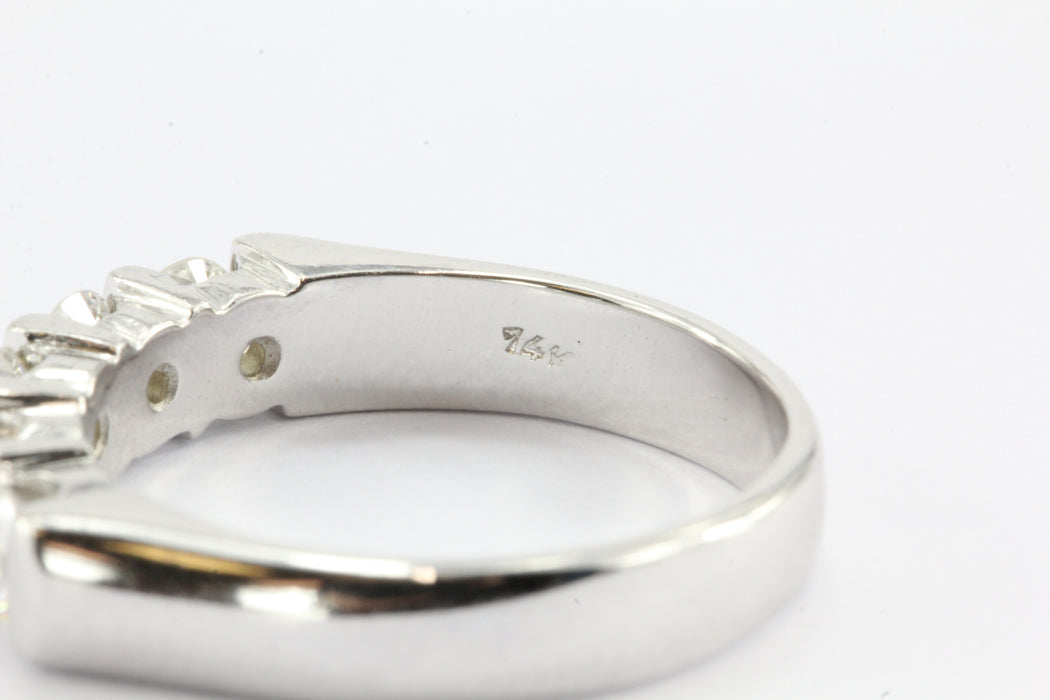 14K White Gold 1 CTW Diamond Anniversary Band Ring Size 7.5