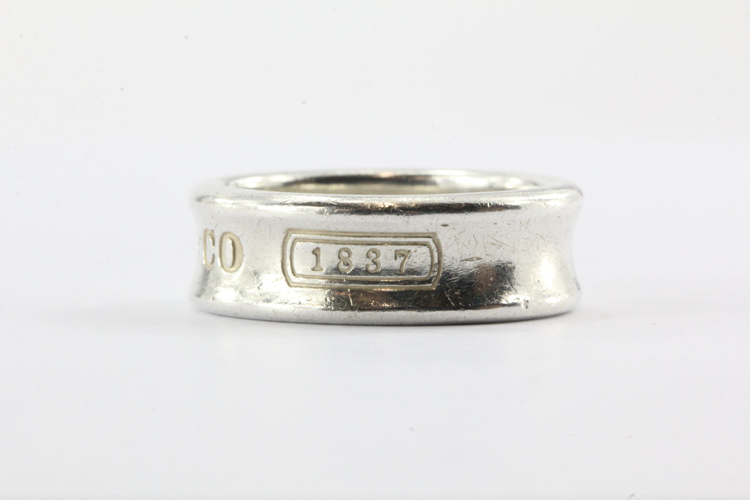 c8735b8e1 ... Tiffany & Co Sterling Silver 1837 Size 7.25 Ring Band - Queen ...