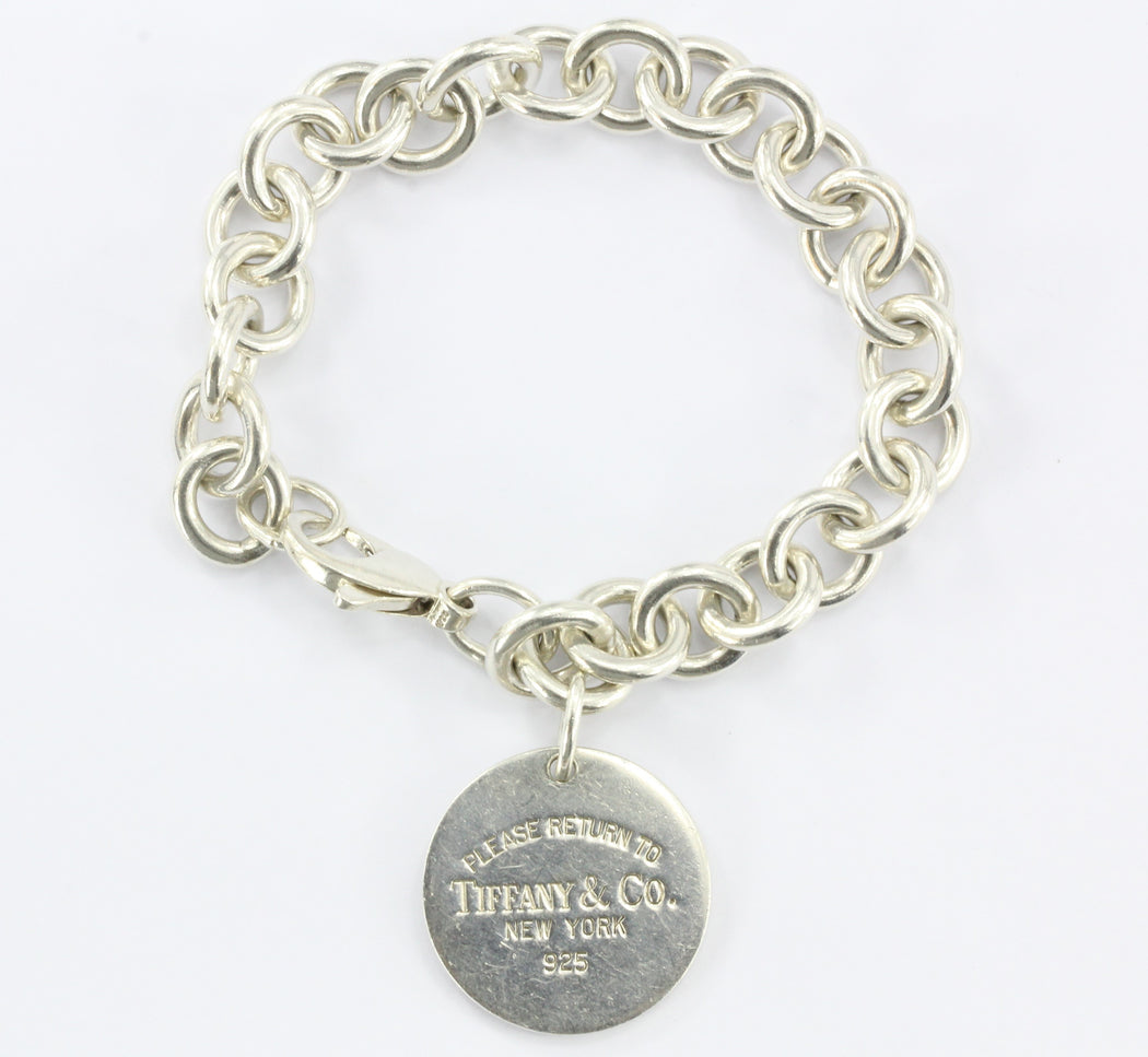 40f340630 Tiffany & Co Sterling Silver Return to Tiffany Round Circle Tag Bracelet -  Queen ...