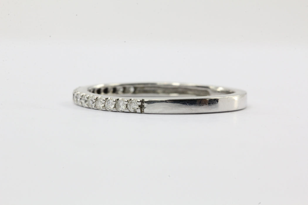 14K White Gold & Diamond Half Eternity Band Ring Size 4.5