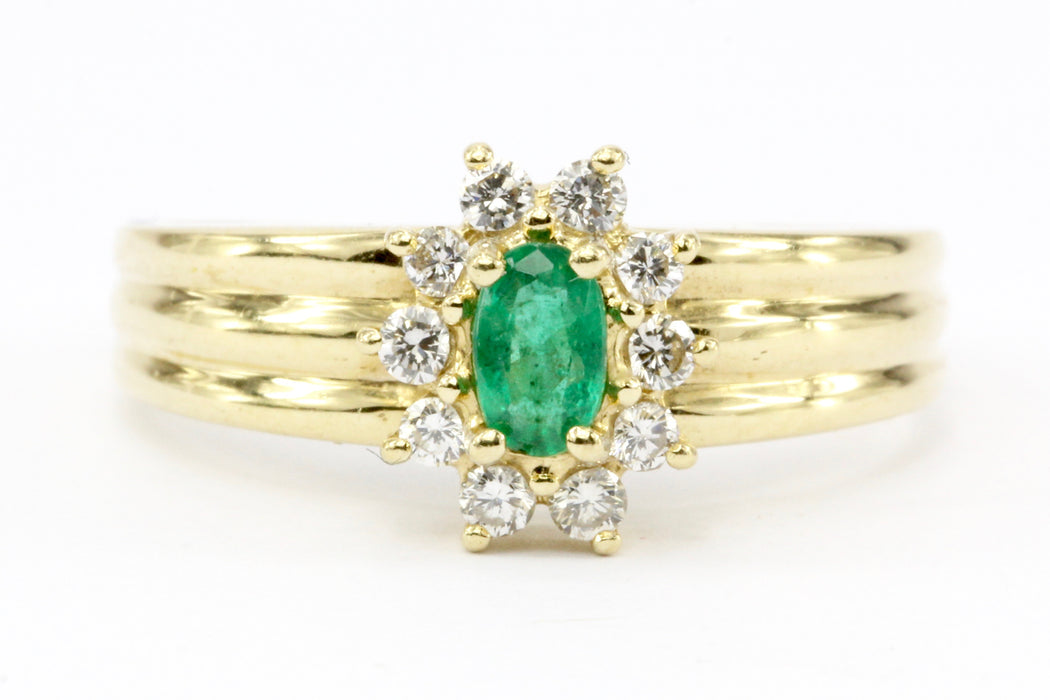 14K Gold Emerald & Diamond Halo Engagement Ring Size 7.25