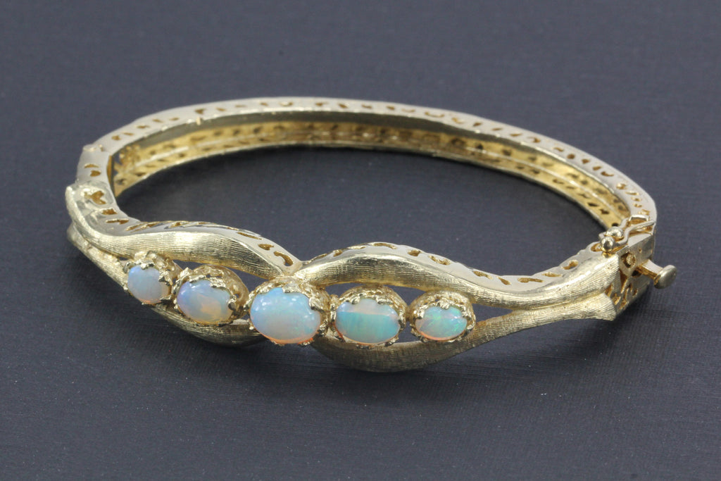 Retro 14k Gold Opal Bangle Bracelet C 1960 Queen May
