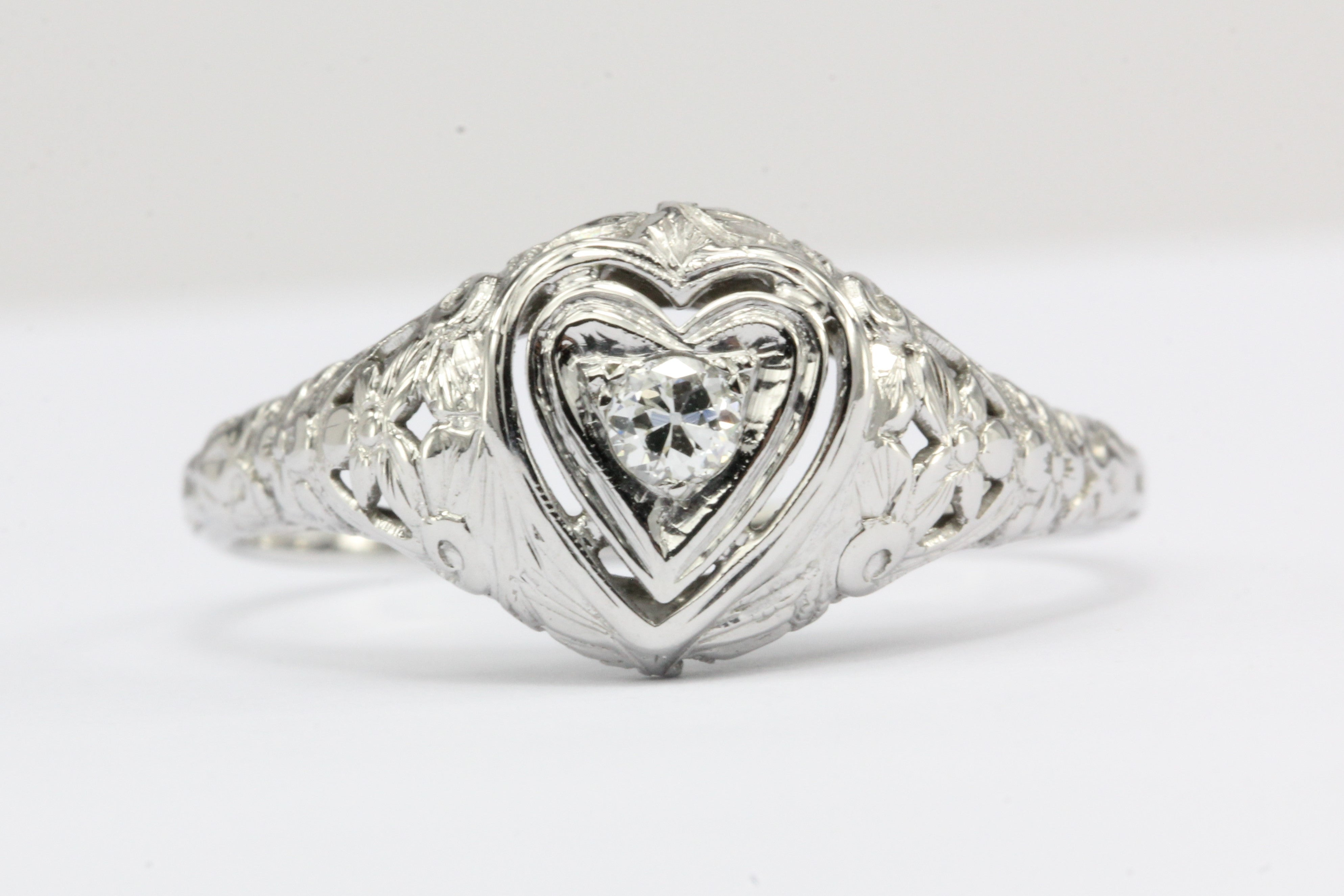 Art Deco Heart Set 18k White Gold Old European Cut Diamond