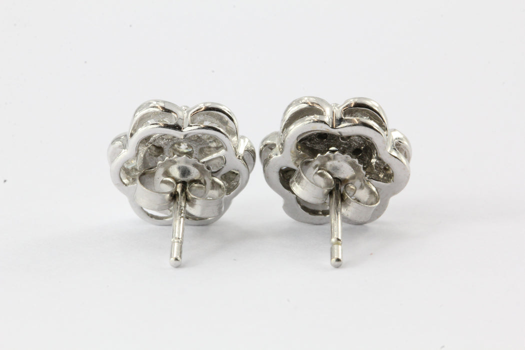 14K White Gold 1.25CTW Diamond EFFY Floral Earrings Posts