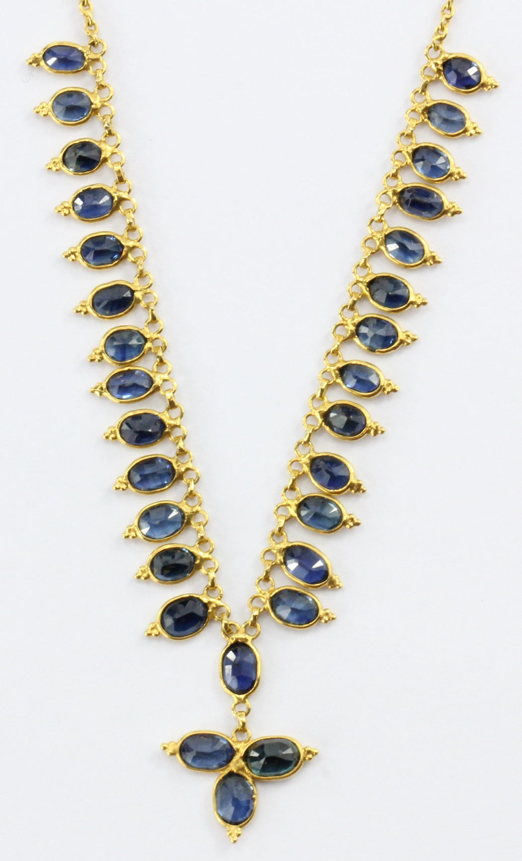 18K Gold 2.5 CTW Natural Blue Sapphire Necklace - Queen May