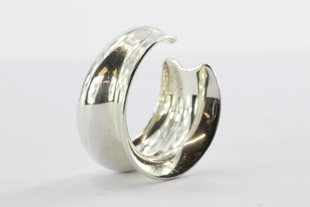 Tiffany & Co Frank Gehry Sterling Silver Wavy Fish Open Back Ring Size 5.75 - Queen May