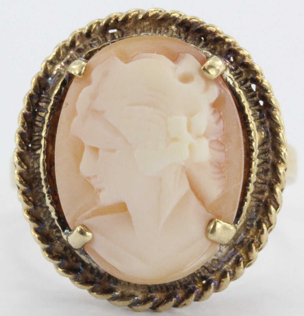 10K Gold Hand Carved Victorian Revival Carved Shell Cameo Ring