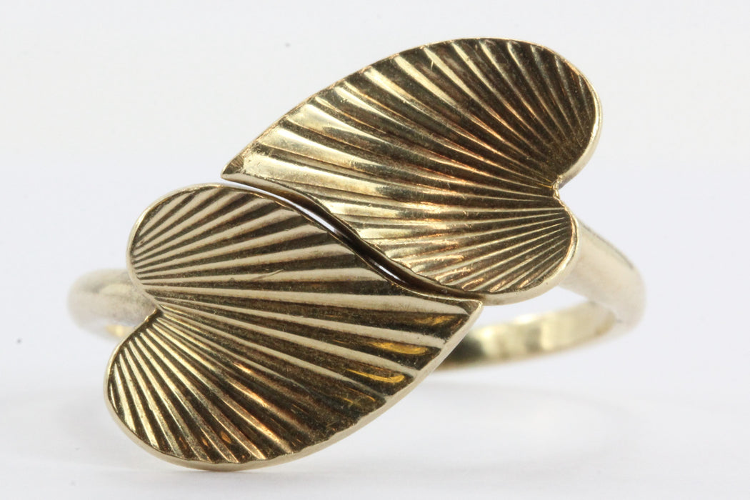 Vintage 14K Gold Entwined Scalloped Hearts Ring Signed - Queen May
