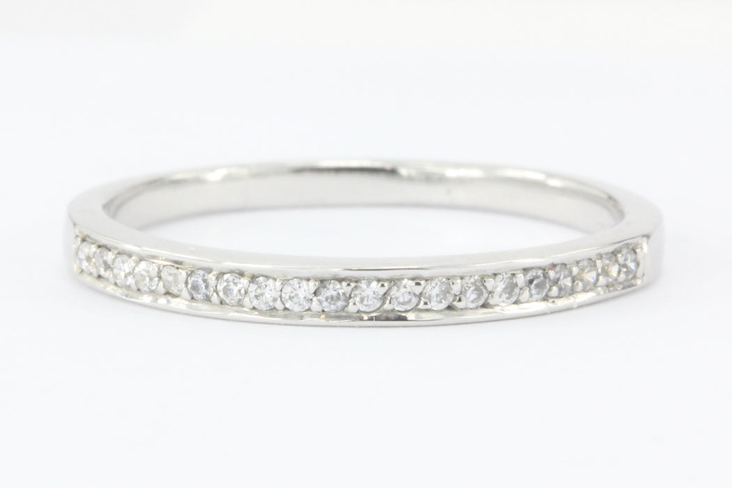14K White Gold Half Eternity Diamond .15 ctw Band Ring Size 6.75