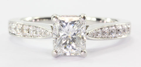 18K White Gold 1.03 Carat Radiant Cut Diamond Engagement Ring (1.26CTW)