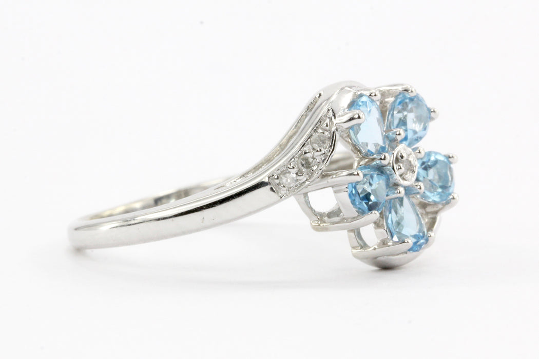 14k White Gold Blue Topaz & Diamond Flower Ring Size 7 - Queen May