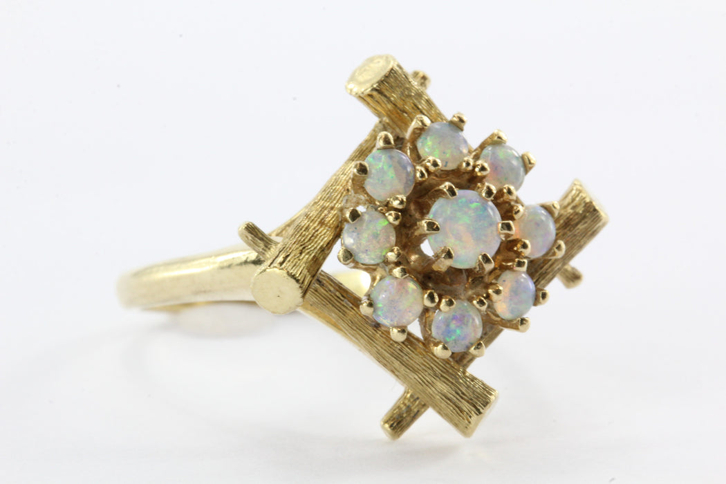 Retro Aesthetic 14K Gold Opal Framed Stick Wreath Ring - Queen May