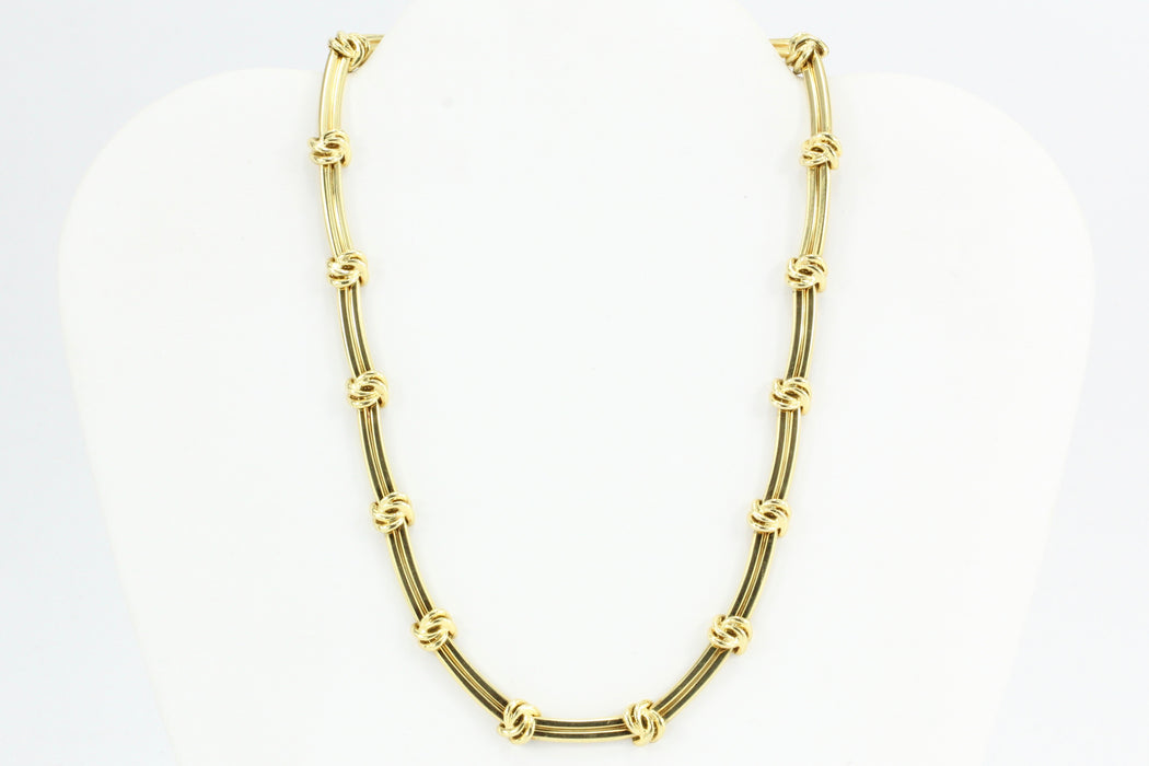 154237803 Tiffany & Co 18K Yellow Gold Love Knot Groove Link Necklace 15.5