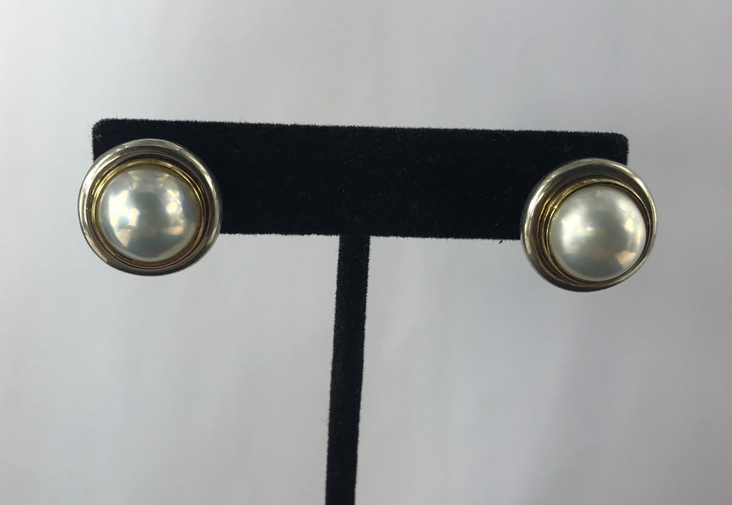 635491cd0 Tiffany & Co Sterling Silver 18K Gold Mabe Pearl Paloma Picasso Earrings  c.1980's ...