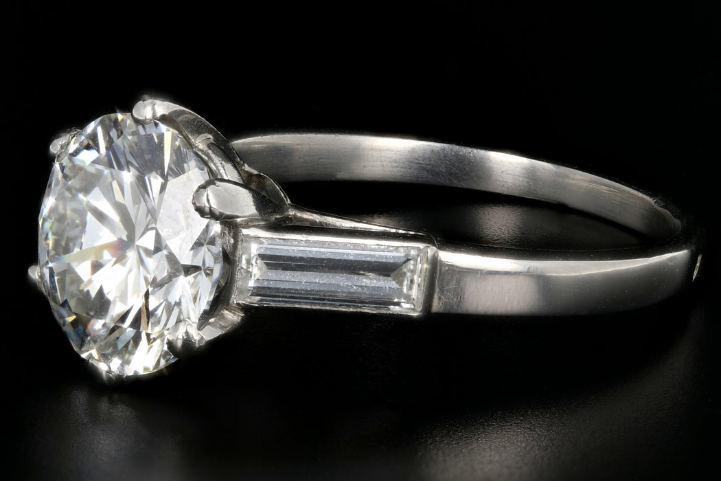 Modern Platinum 3.01CT Round Brilliant Cut Diamond Engagement Ring GIA Certified - Queen May