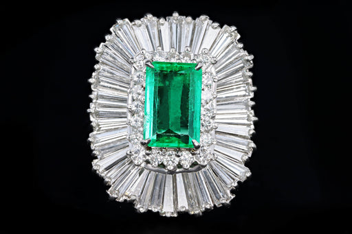 Retro Platinum 2.29 Carat Columbian Emerald & Diamond Ring GIA Certified - Queen May